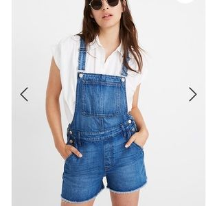 Madewell Short Overalls in Denville Wash